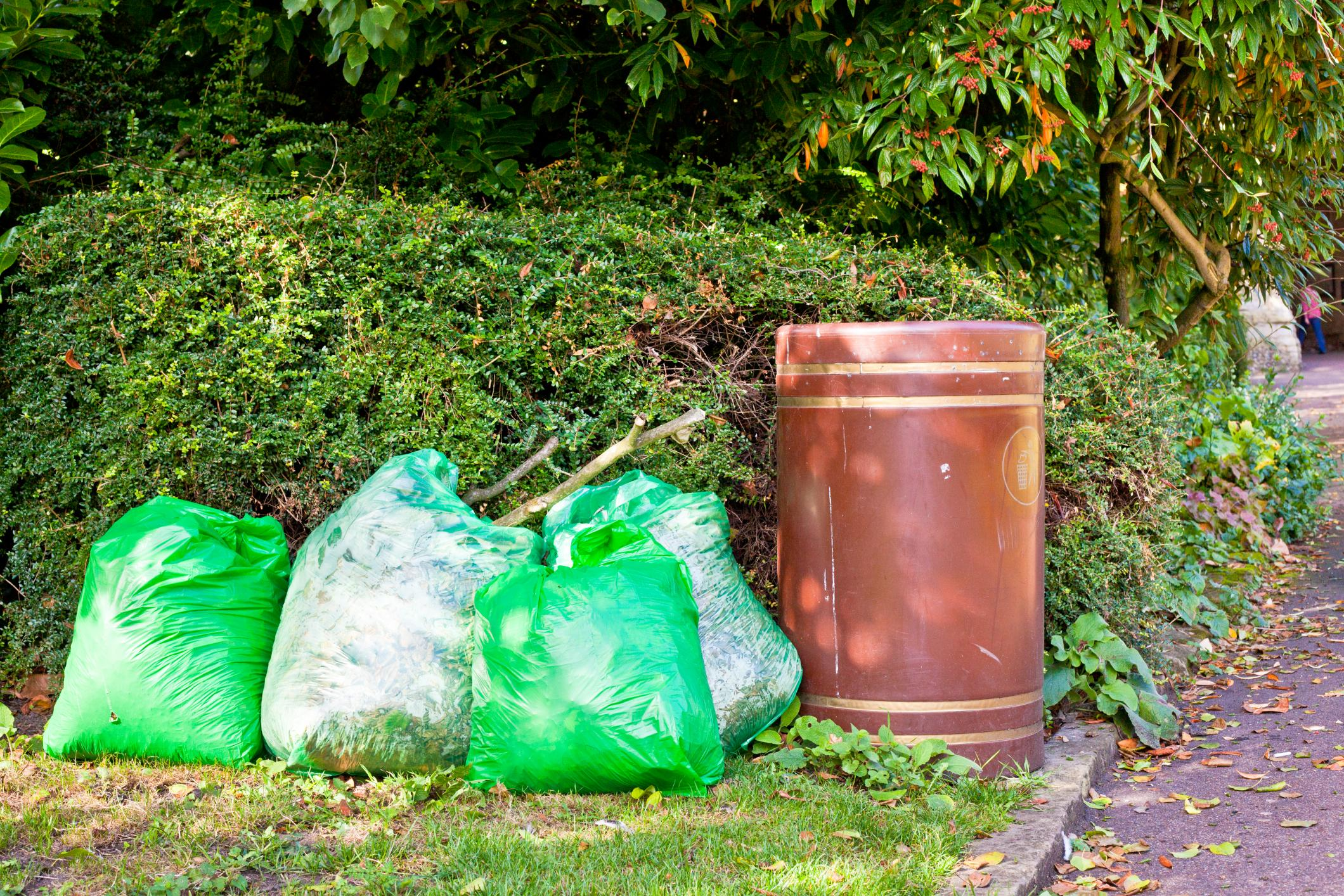 Rubbish Removal Manchester - Garden Waste Clearance 1